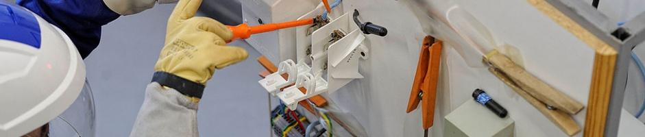 Habilitation électrique الاعتماد الكهربائي